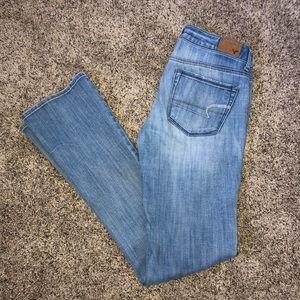 American Eagle skinny kick light wash jeans 4 long